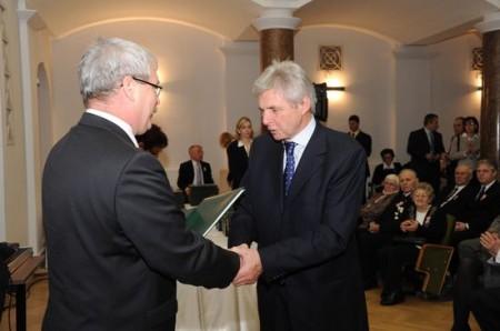 Hidvégi Béla kitüntetés