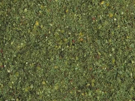 Egyenletes szemcseszerkezet, a víz színéhez igazodó zöld szín jellemzi ezt a sült csirke ízesítéssel készült etetőt
