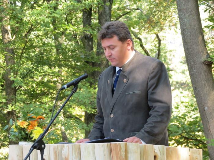 A Magyarság Keresztjénél beszédet mondott a határon túli magyar vadászok nevében dr. Suba Imre, a Szlovák Vadász Szövetség ügyvezető igazgatója
