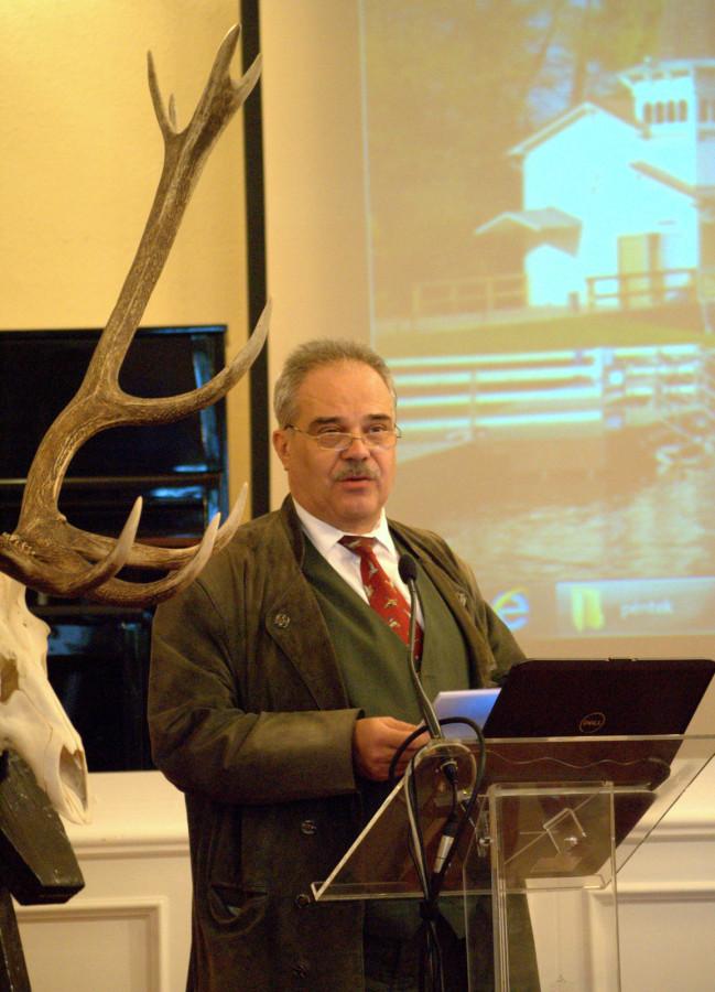 A Vadászati Kulturális Egyesület nevében Oláh Csaba elnök tartott beszédet